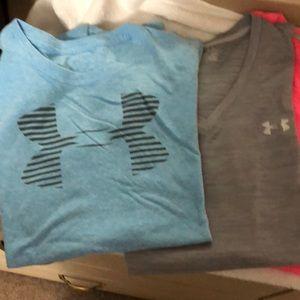 Under Armour women's T-shirts medium